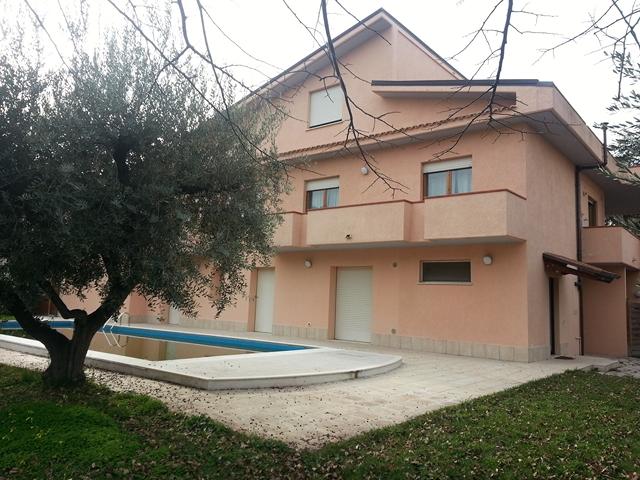 Appartamento Ortona (CH) --