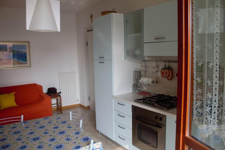Immobili case a fano appartamenti case in campagna ville for Garage prefabbricato con costo dell appartamento