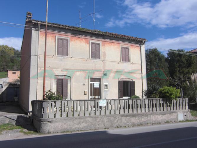 Casa singola Fano Carrara